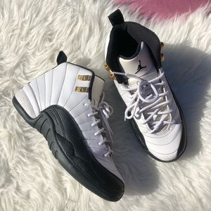Jordan 12s Taxi SZ Womans 7 5.5 Y Sneakers Shoes